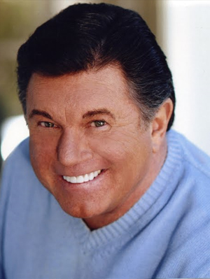 larry manetti book - 300×399